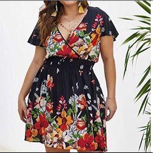 Women's Plus Size V Neck Floral Dress
